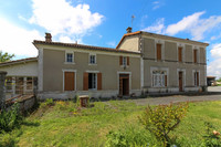French property, houses and homes for sale inLonzacCharente-Maritime Poitou_Charentes