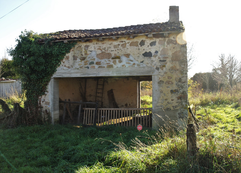 French property for sale in Saint-Barbant, Haute-Vienne - €19,000 - photo 2