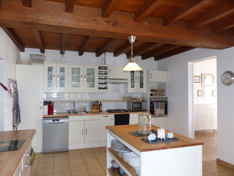 French property for sale in Brossac, Charente - €172,800 - photo 2