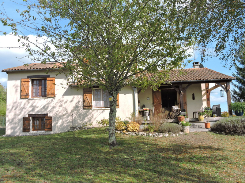 French property for sale in Fossemagne, Dordogne - €256,800 - photo 2