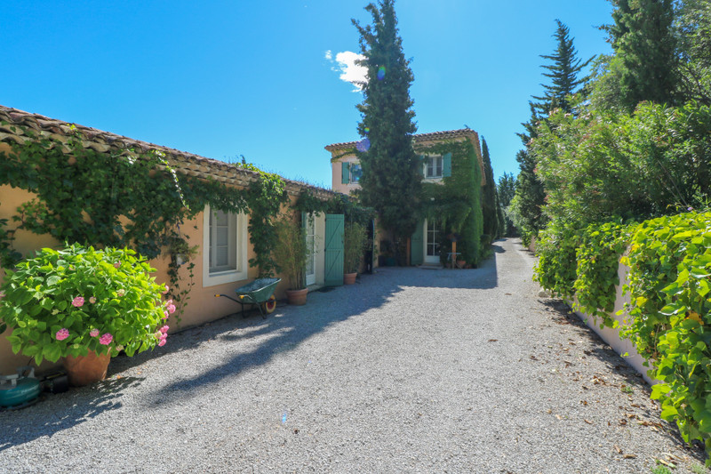 French property for sale in Seillans, Var - €1,200,000 - photo 9