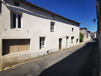 French property, houses and homes for sale in Beauvais-sur-Matha Charente-Maritime Poitou_Charentes