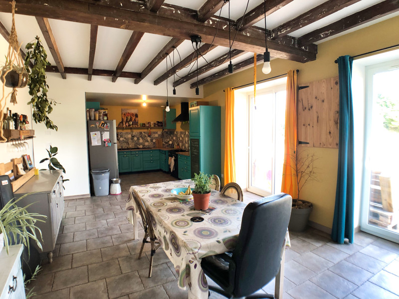 French property for sale in Fougerolles-du-Plessis, Mayenne - €183,600 - photo 5