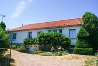 maison à vendre à Saint-Maurice-le-Girard, Vendée, Pays_de_la_Loire, avec Leggett Immobilier