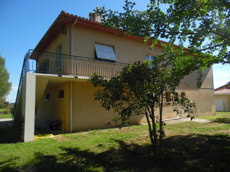 French property for sale in Bourg, Gironde - €299,600 - photo 5