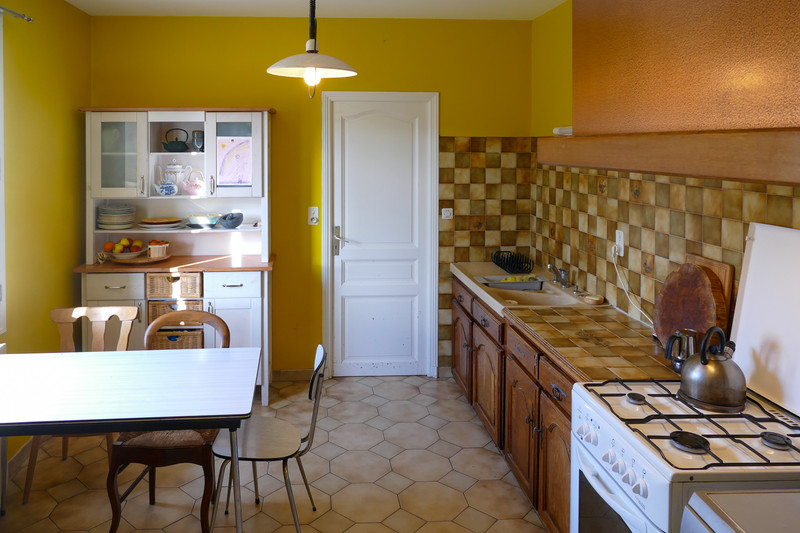 French property for sale in Bourbon-l'Archambault, Allier - €207,675 - photo 8