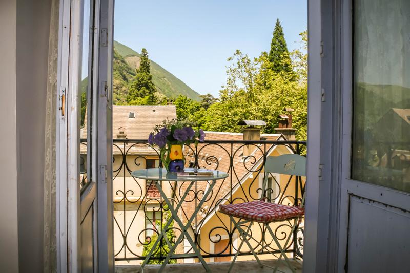 French property for sale in Bagnères-de-Luchon, Haute Garonne - €97,900 - photo 2