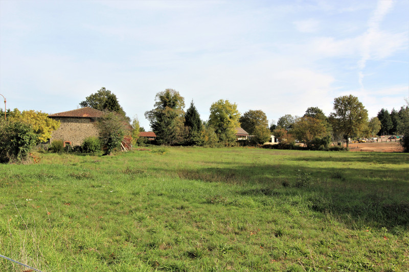 French property for sale in Videix, Haute Vienne - €34,100 - photo 3
