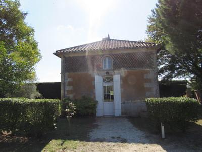 Charteuse. Superbe propriété viticole située dans le Blayais de 65ha dont 50ha de vignes.