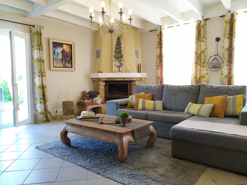 French property for sale in MARGAUX, Gironde - €472,500 - photo 3