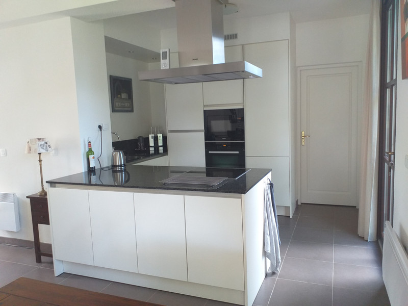French property for sale in Salles, Gironde - €275,600 - photo 4