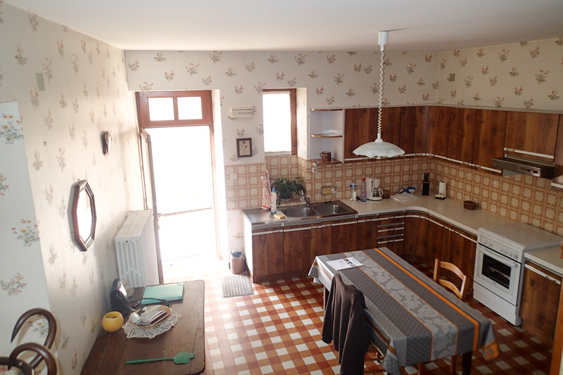 French property for sale in Bourg-Archambault, Vienne - €51,000 - photo 10