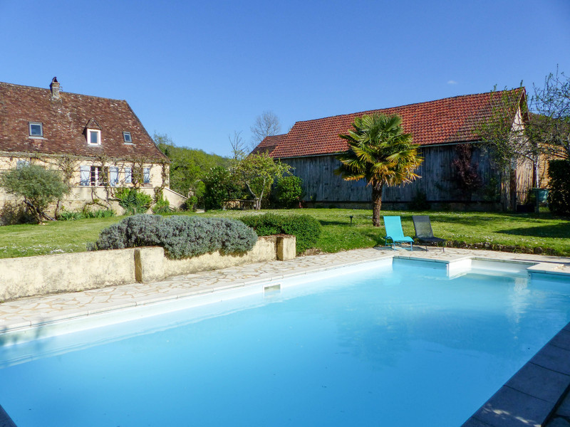 French property for sale in Sainte-Mondane, Dordogne - €875,000 - photo 2