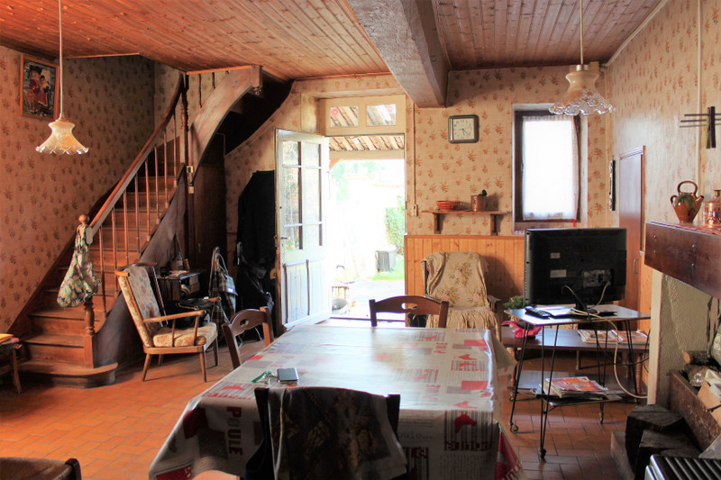 French property for sale in Marcillac-Lanville, Charente - €53,600 - photo 2