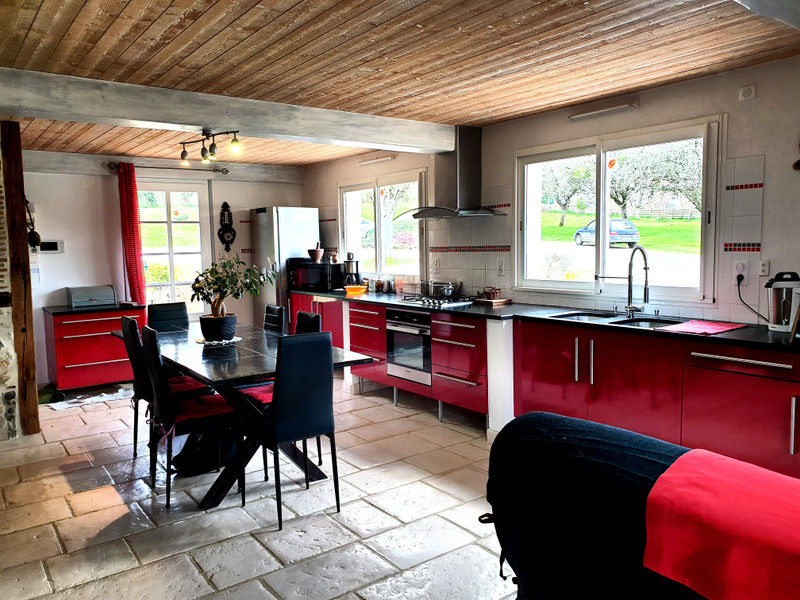 French property for sale in Thouarsais-Bouildroux, Vendee - €605,000 - photo 10