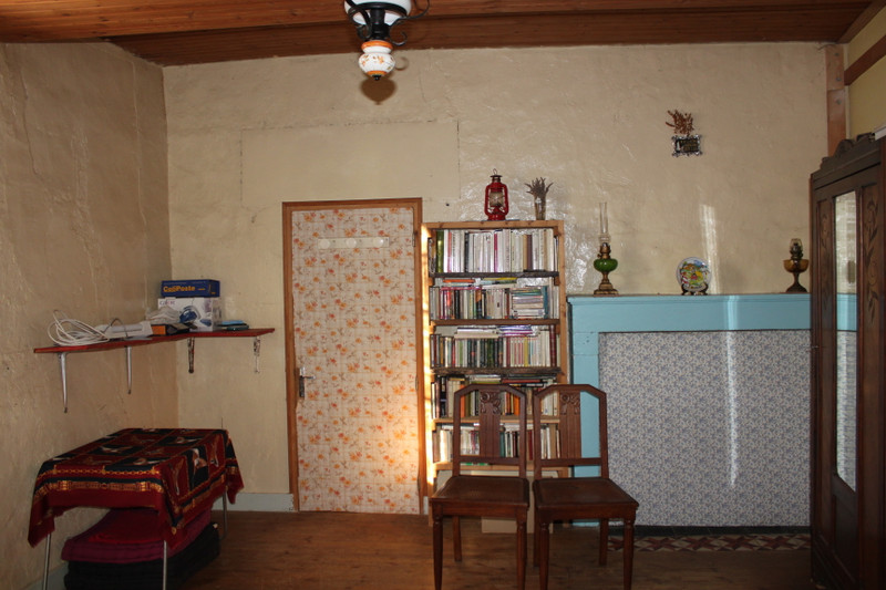 French property for sale in Marcillac-Lanville, Charente - €53,600 - photo 4