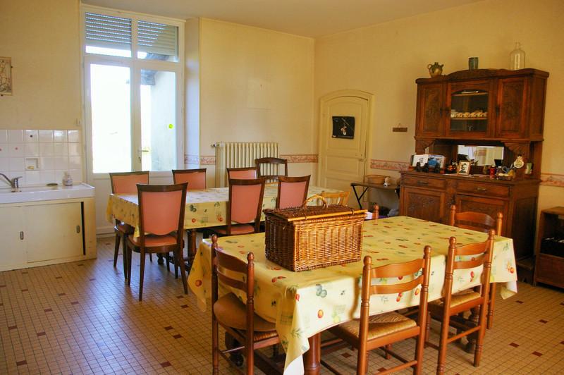 French property for sale in Saint-Romans-lès-Melle, Deux Sevres - €267,500 - photo 8