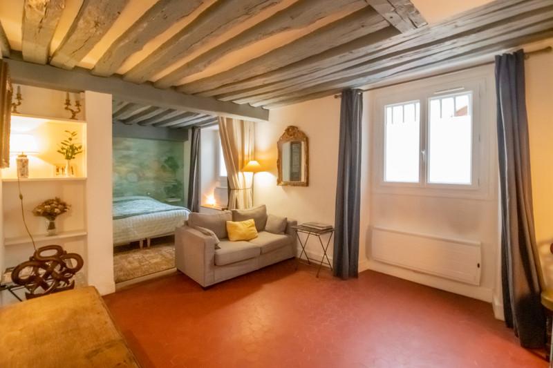 French property for sale in Paris 4e Arrondissement, Paris - €591,000 - photo 2
