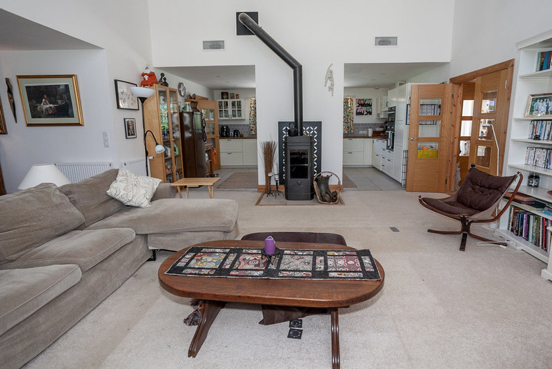 French property for sale in Thiviers, Dordogne - €319,000 - photo 5
