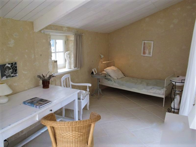 French property for sale in Salles-Lavalette, Charente - €349,800 - photo 9