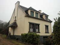 French property, houses and homes for sale inHuelgoatFinistère Brittany