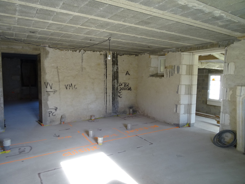 French property for sale in Saint-Maigrin, Charente-Maritime - €299,600 - photo 10