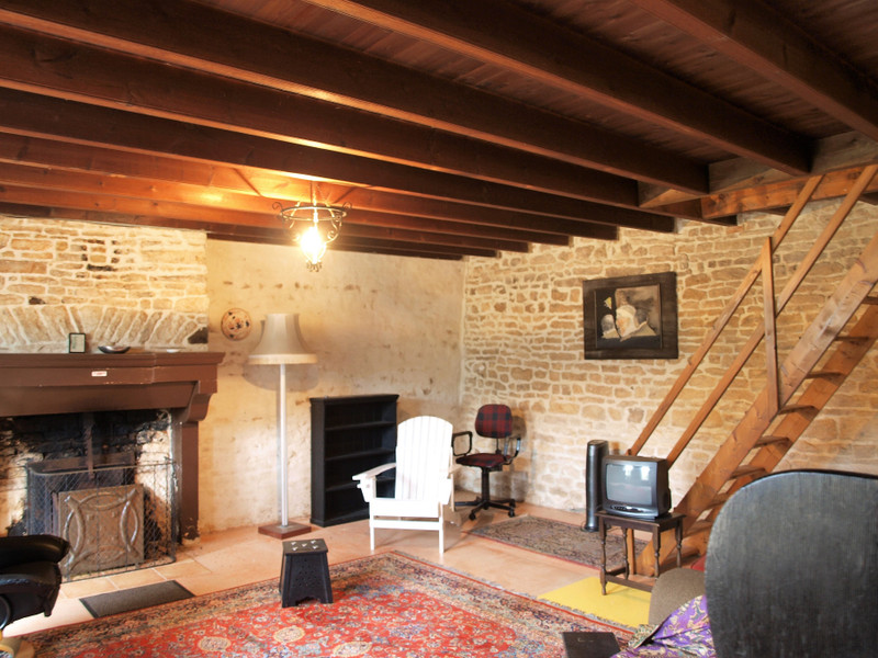 French property for sale in Mairé-Levescault, Deux Sevres - €136,250 - photo 8