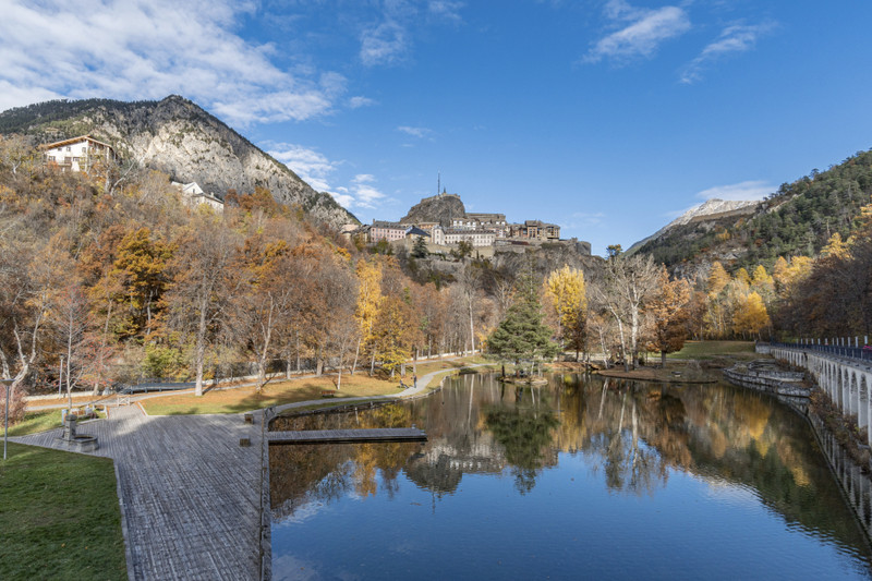 French property for sale in Briançon, Hautes Alpes - €525,400 - photo 4