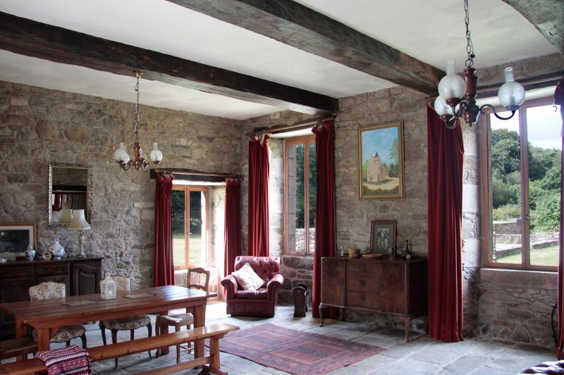 French property for sale in Plounévez-Moëdec, Côtes-d'Armor - €676,200 - photo 2