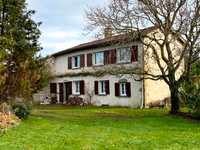 French property, houses and homes for sale inSaint-EstèpheDordogne Aquitaine