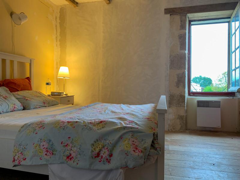 French property for sale in Lauzun, Lot-et-Garonne - €235,400 - photo 5