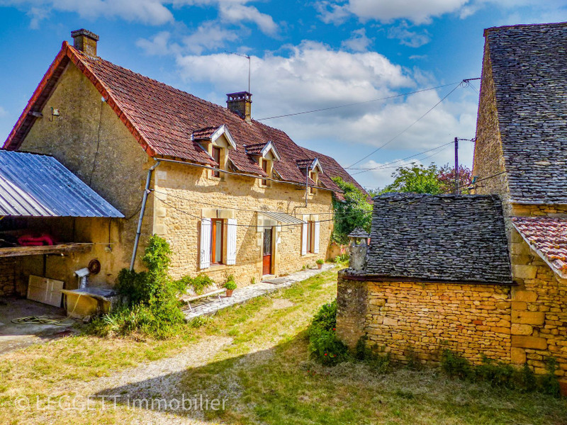 French property for sale in Marcillac-Saint-Quentin, Dordogne - €200,000 - photo 2