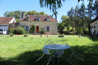 French property, houses and homes for sale inSaint-Quentin-de-BlavouOrne Normandy