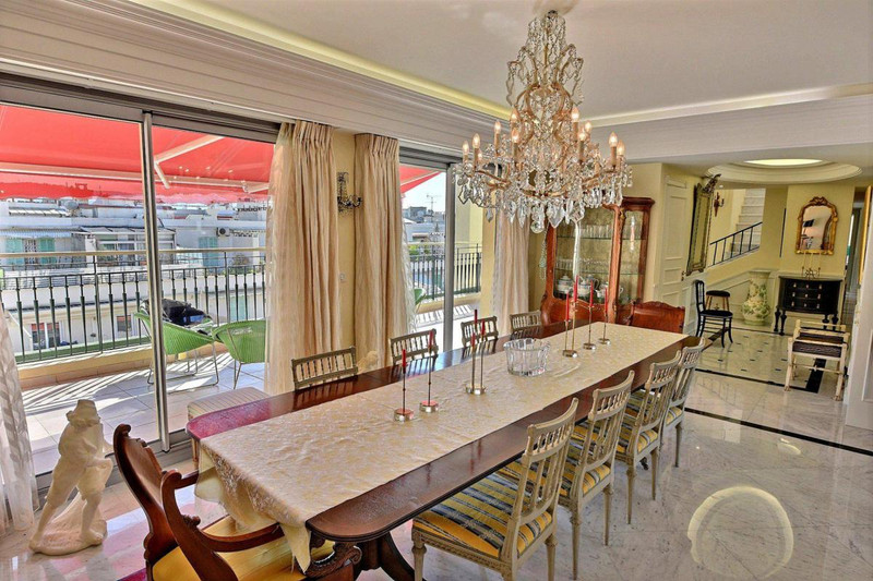 French property for sale in Nice, Alpes-Maritimes - €1,990,000 - photo 5
