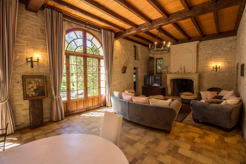 French property for sale in Fléac, Charente - €1,365,000 - photo 3