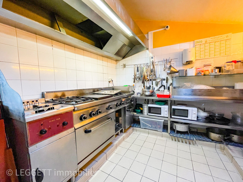 French property for sale in Gourdon, Lot - €267,500 - photo 6