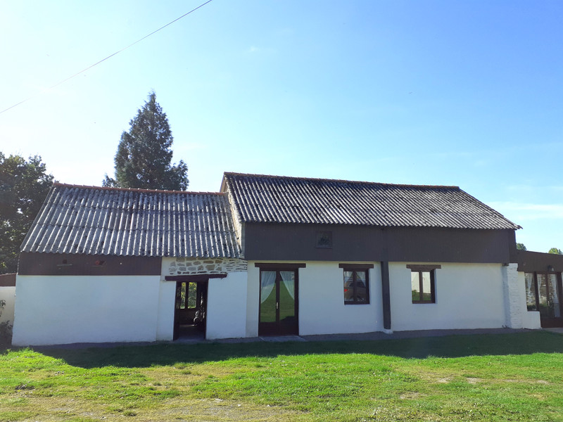 French property for sale in Aucey-la-Plaine, Manche - €328,600 - photo 2