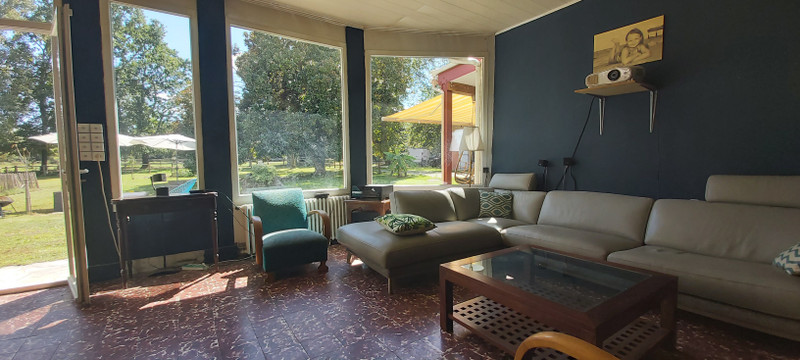 French property for sale in Castelnau-de-Médoc, Gironde - €655,000 - photo 4