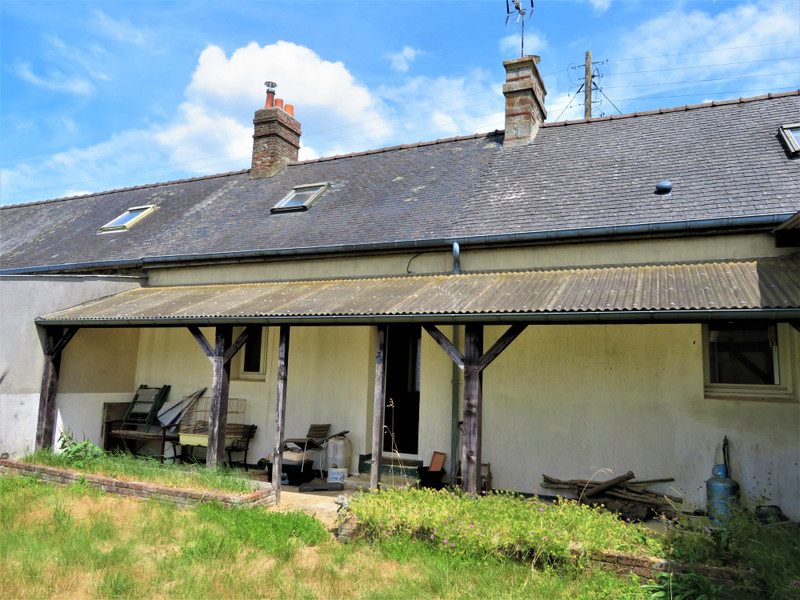 French property for sale in Carelles, Mayenne - €43,600 - photo 8