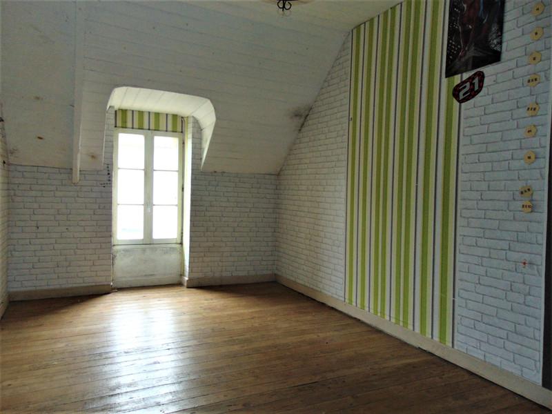 French property for sale in Saint-Gilles-Pligeaux, Côtes-d'Armor - €68,600 - photo 10