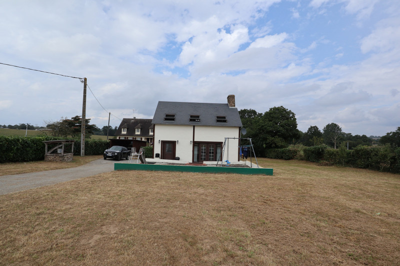 French property for sale in Saint-Hilaire-du-Harcouët, Manche - €141,700 - photo 7