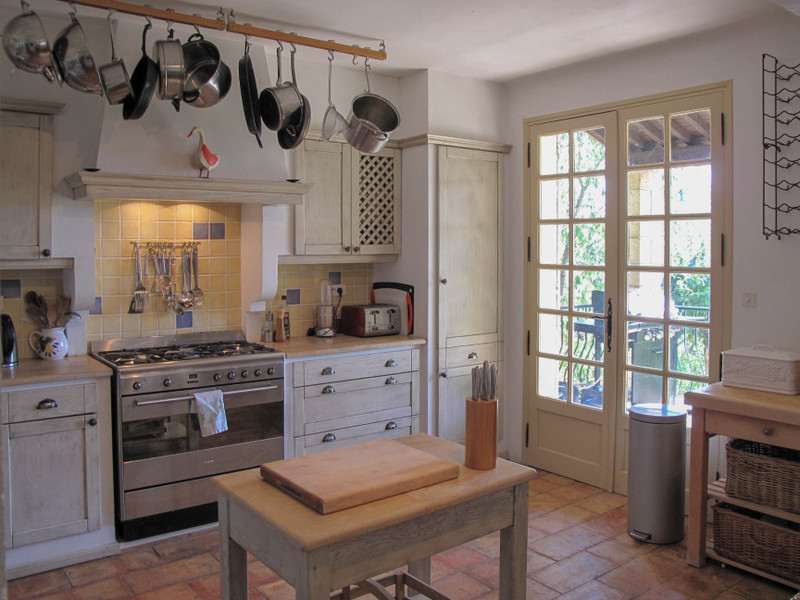 French property for sale in Uzès, Gard - €595,000 - photo 5