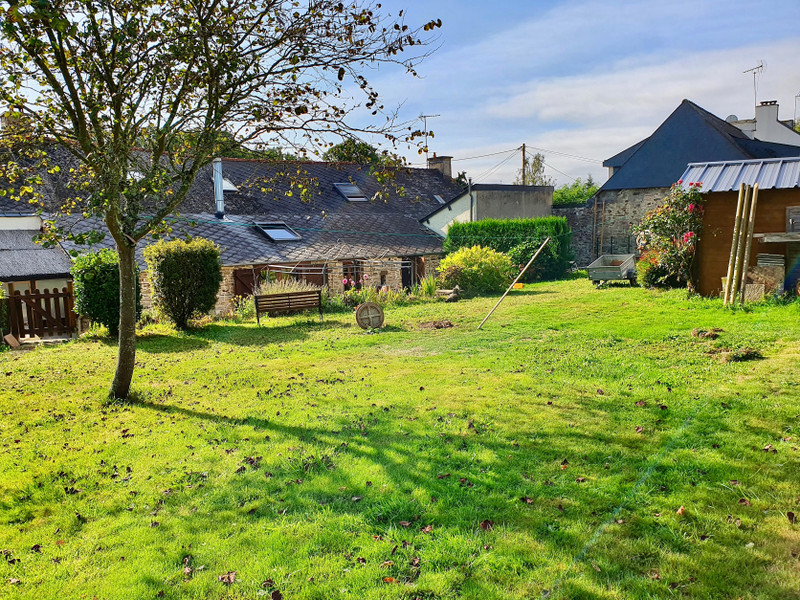 French property for sale in Béganne, Morbihan - €286,200 - photo 10