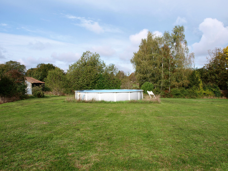 French property for sale in Mairé-Levescault, Deux Sevres - €136,250 - photo 6