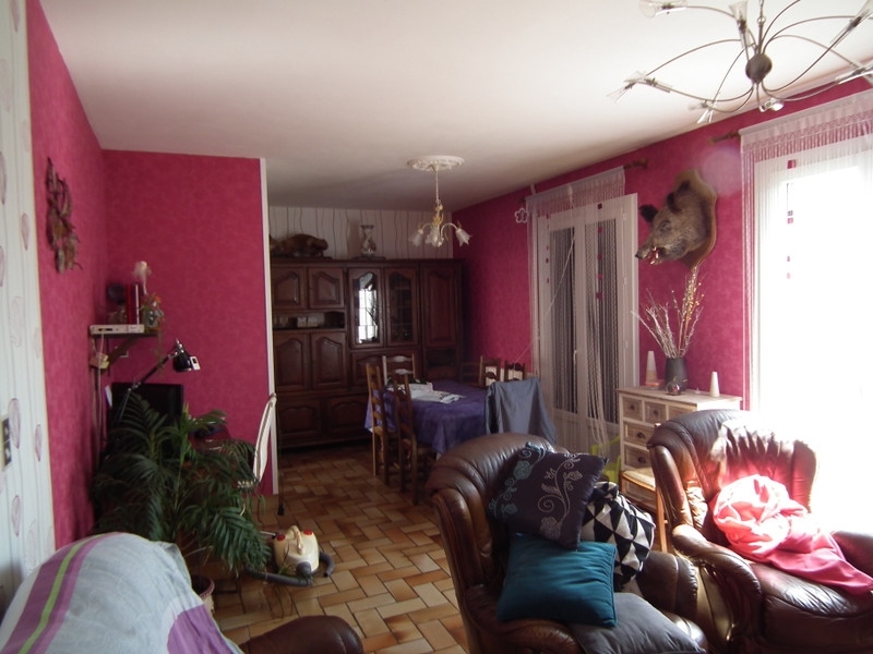 French property for sale in Auzances, Creuse - €119,900 - photo 9