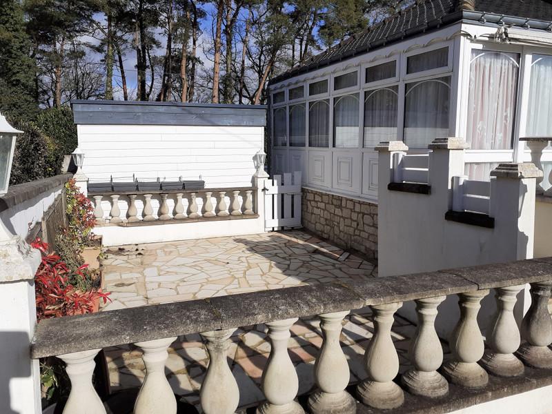 French property for sale in Guémené-sur-Scorff, Morbihan - €167,400 - photo 2