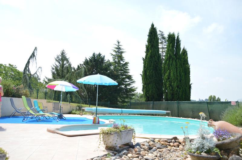 French property for sale in Monbahus, Lot et Garonne - €394,999 - photo 8
