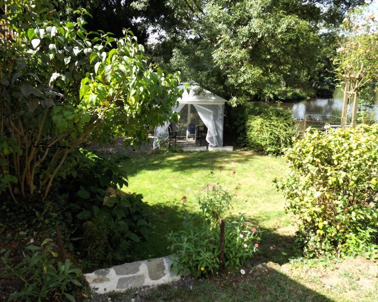 French property for sale in L'Isle-Jourdain, Vienne - €214,000 - photo 9