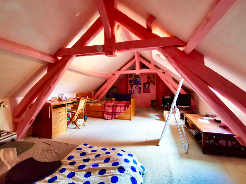Maison à vendre à La Roche-l'Abeille, Haute-Vienne - 264 000 € - photo 8
