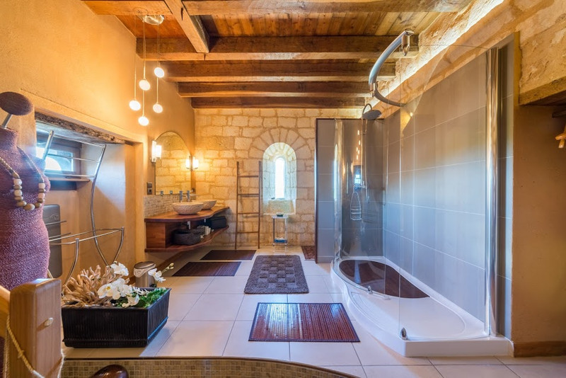 French property for sale in Monsac, Dordogne - €1,470,000 - photo 7